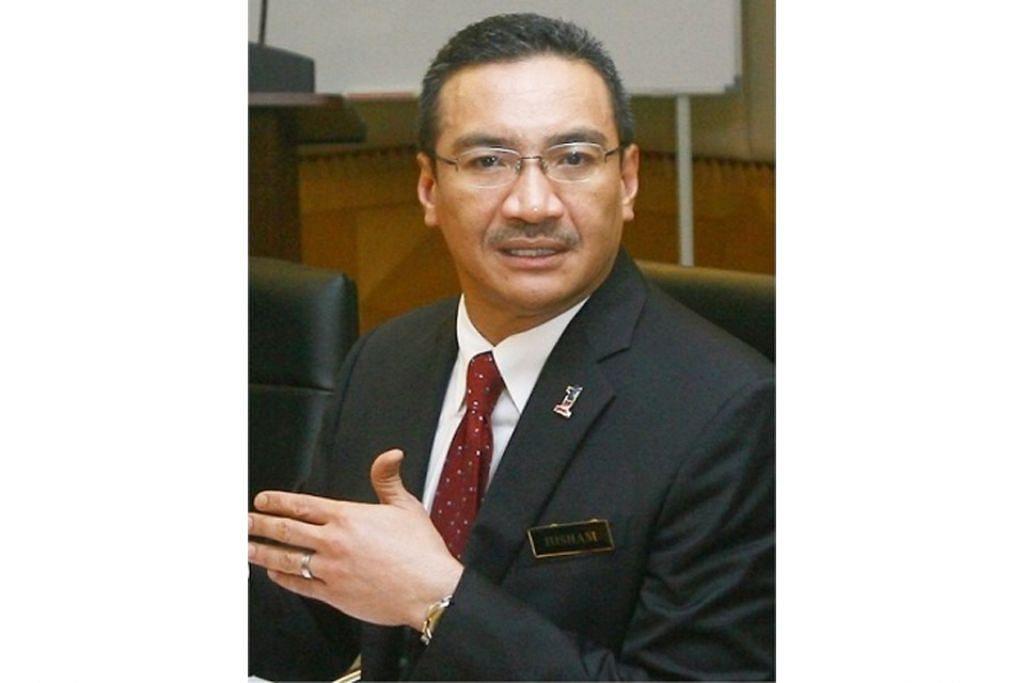 DATUK SERI HISHAMMUDDIN HUSSEIN: Disoal siasat oleh Suruhanjaya Pencegahan Rasuah Malaysia (SPRM) antara 10 pagi dan 1 petang Isnin lalu. - Foto fail