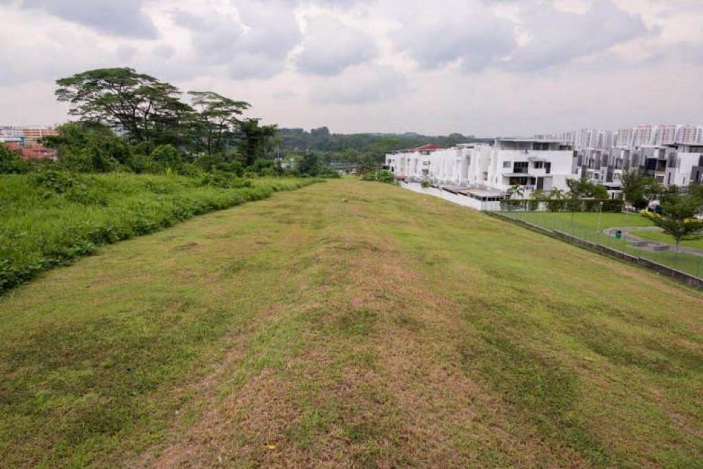 Padang di mana Taman Bukit Gombak bakal dibina.