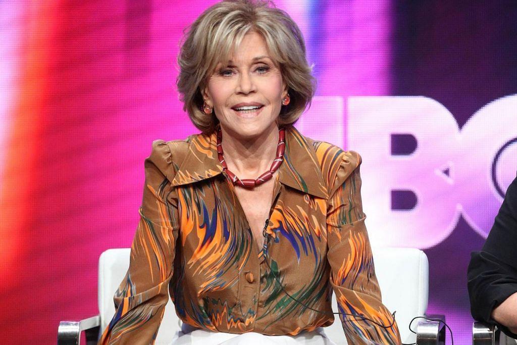 WAWANCARA MENDALAM: Bintang Hollywood, guru kecergasan dan penggiat politik Jane Fonda membuka lembaran suka duka kisah hidupnya dalam dokumentari 'Jane Fonda In Five Acts'. – Foto AFP