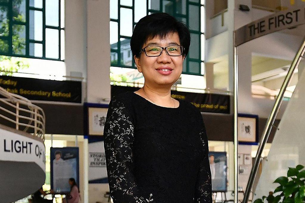 Pengetua YISS, Cik Maureen Lee. – Foto BH oleh LIM YAOHUI
