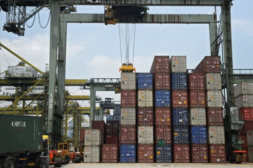 Growth in Singapore non-oil exports slows to 5% in August; trade risks cloud outlook