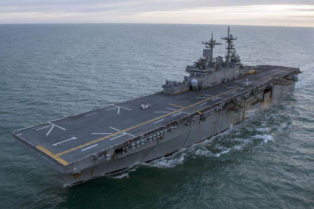 HUBUNGAN KETENTERAAN TURUT TERJEJAS: Kapal perang Amerika Syarikat USS Wasp ini pada mulanya dijadualkan membuat lawatan pelabuhan ke Hongkong bulan depan. - Foto fail AFP