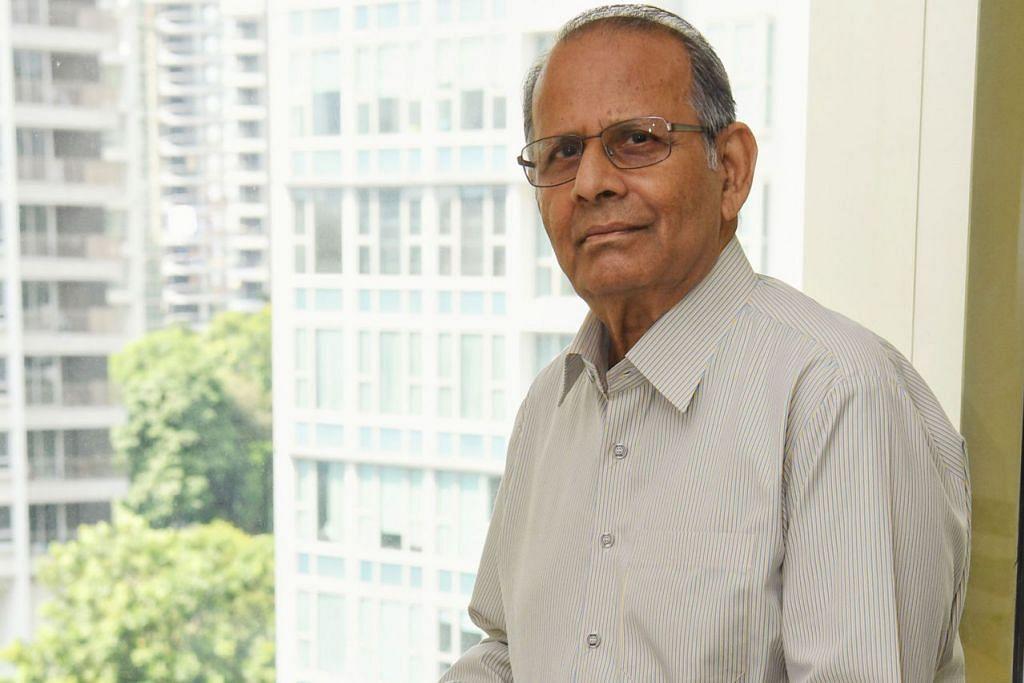 TERUS BANTU PELAJAR: Pengerusi ETF, Encik Haider M Sithawalla, berkata sejak dana itu ditubuhkan pada 2003, lebih $23.7 juta telahpun diagihkan kepada sekitar 10,000 pelajar bagi keperluan pendidikan mereka. - Foto BH oleh KHALID BABA