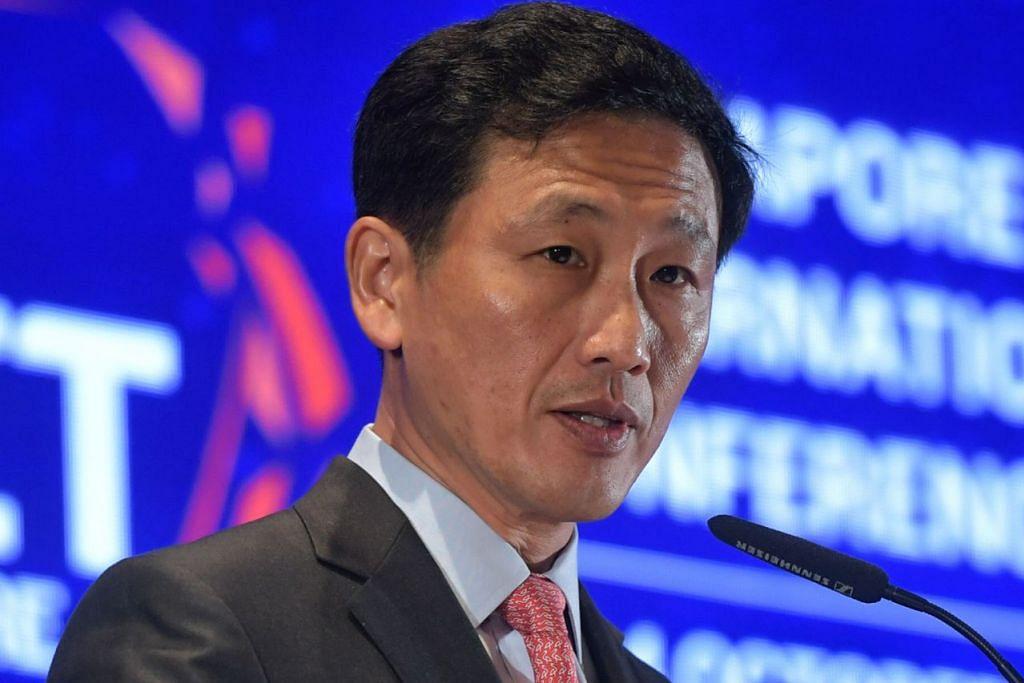DEMI MASA DEPAN: Encik Ong Ye Kung menekankan hala tuju baru bermatlamat elak 'komputer dan robot' gantikan rakyat Singapura. - Foto BH oleh KUA CHEE SIONG