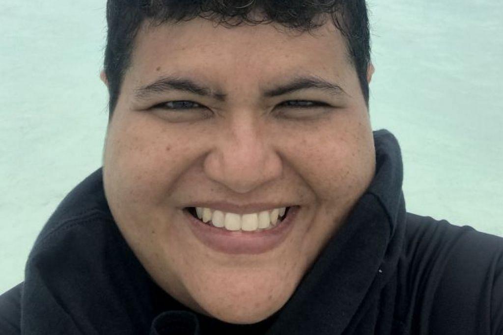 DR ZEEHAN JAAFAR: Pakar biologi laut yang merupakan antara lima penulis utama laporan Pelan Biru Singapura. – Foto-foto fail