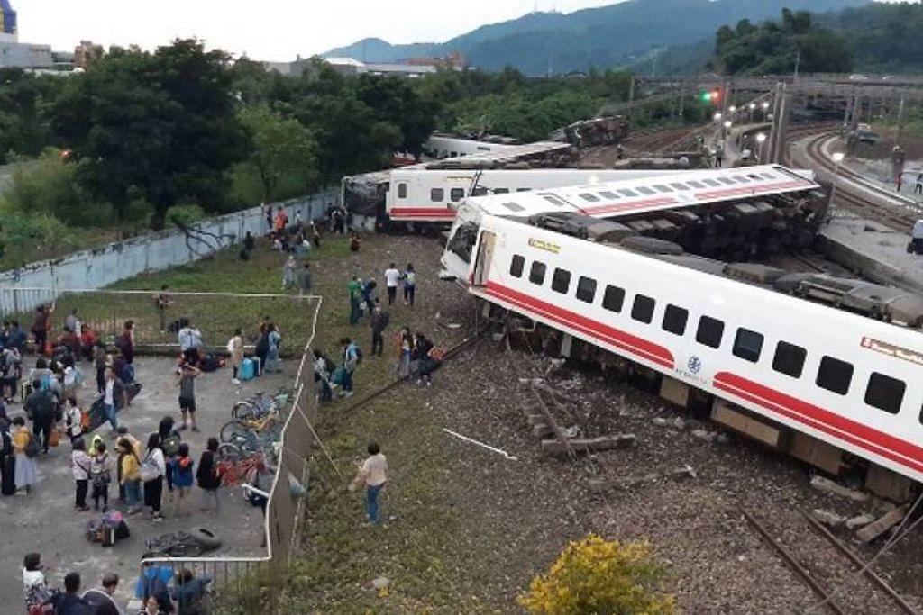 Kereta api yang tergelincir di Yilan, Taiwan ini dikatakan dipandu pada kelajuan hampir 140 kilometer sejam, jauh melebihi had kelajuan 74 kilometer sejam yang ditetapkan.