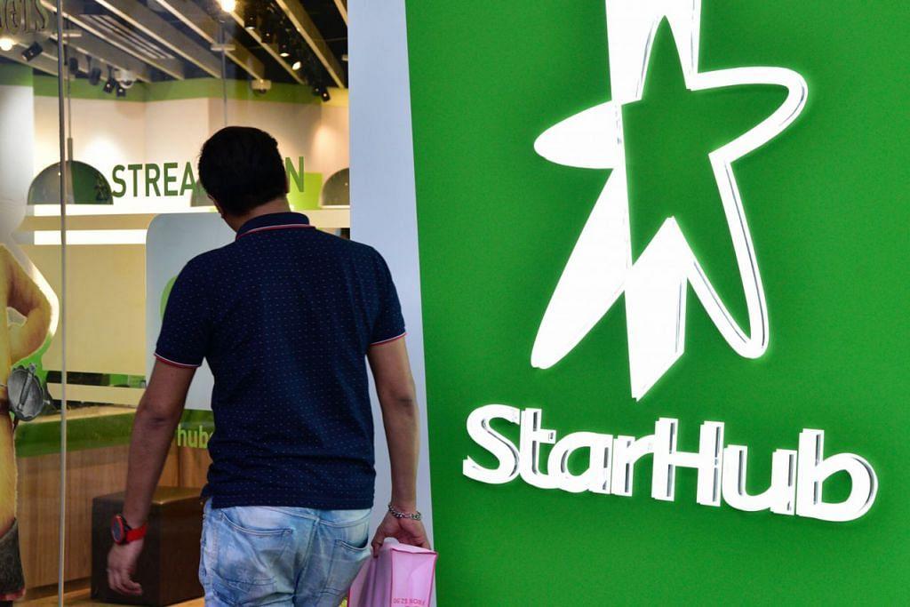 SENTIASA SEMAK TAWARAN KHIDMAT: StarHub memastikan khidmat selaras keinginan pelanggan, termasuk piawaian perkhidmatan terbaik dan lebih banyak pilihan pada rangkaian jalur lebar termoden. - Foto fail