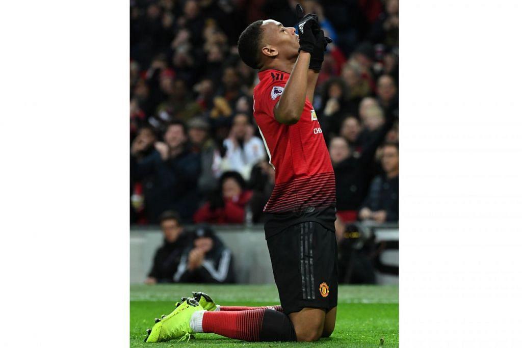 KIAN SELESA: Anthony Martial kian selesa mendukung peranan tunggak dalam barisan penggempur Manchester United. - Foto AFP