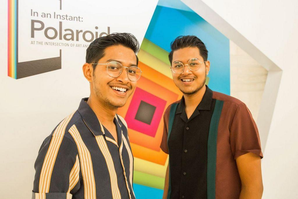 PERKASA ORANG LAIN: Adik-beradik kembar, Encik Yais (kiri) dan Encik Yafiq Yusman menghargai peluang berkongsi karya Instagram dan pengalaman mereka bagi menarik minat orang ramai agar ceburi bidang fotografi di pameran 'In An Instant: Polaroid at the Intersection of Art and Technology' di Muzium Negara Singapura. – Foto MUZIUM NEGARA SINGAPURA