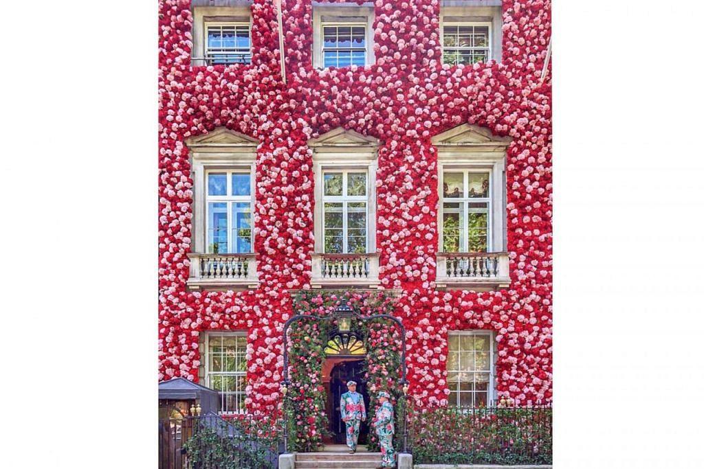 Salah satu contoh kerja seni Encik Yafiq adalah yang memaparkan bunga-bunga di bangunan kelab malam Annabel's Mayfair di London (gambar atas). – Foto YAFIQ YUSMAN