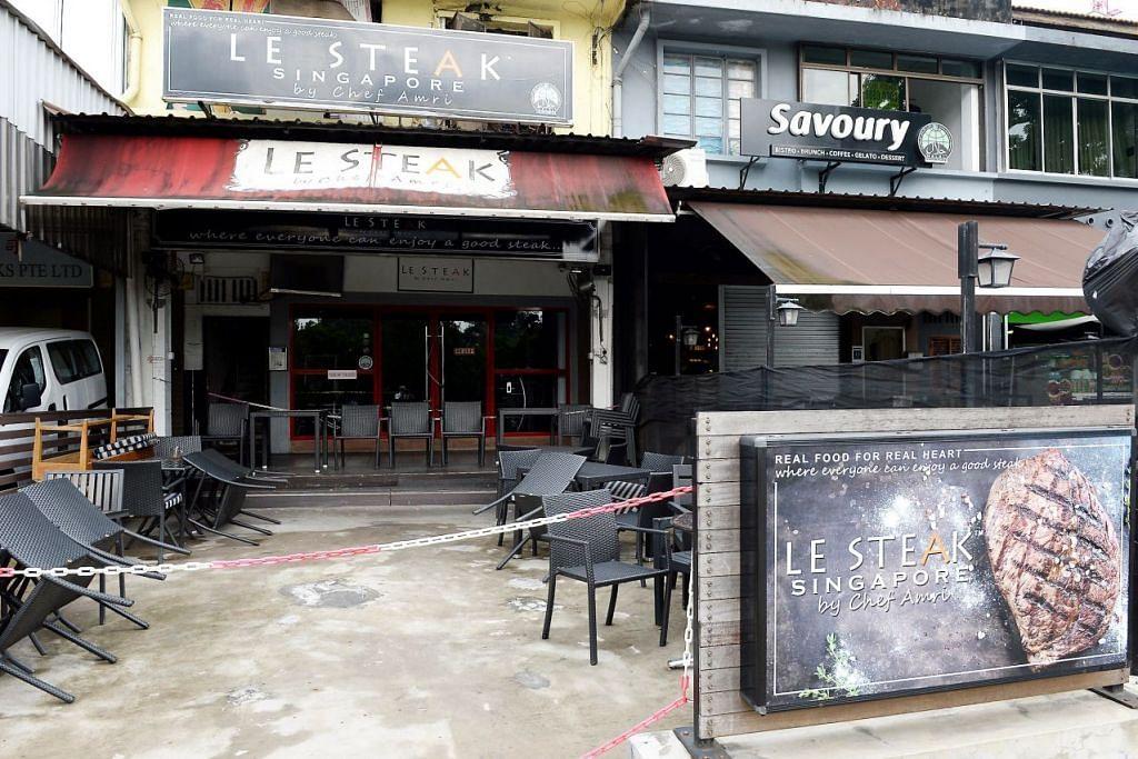 DITUTUP: Dua restoran Le Steak di Jalan Kayu (atas) dan di Mackenzie Road sebelum ini terpaksa ditutup kerana masalah kos sewa yang tinggi, dengan Cef Amri pula mengalami angin ahmar separuh badan sebelah kiri sehingga menjejas pergerakan dan pertuturannya. – Foto fail