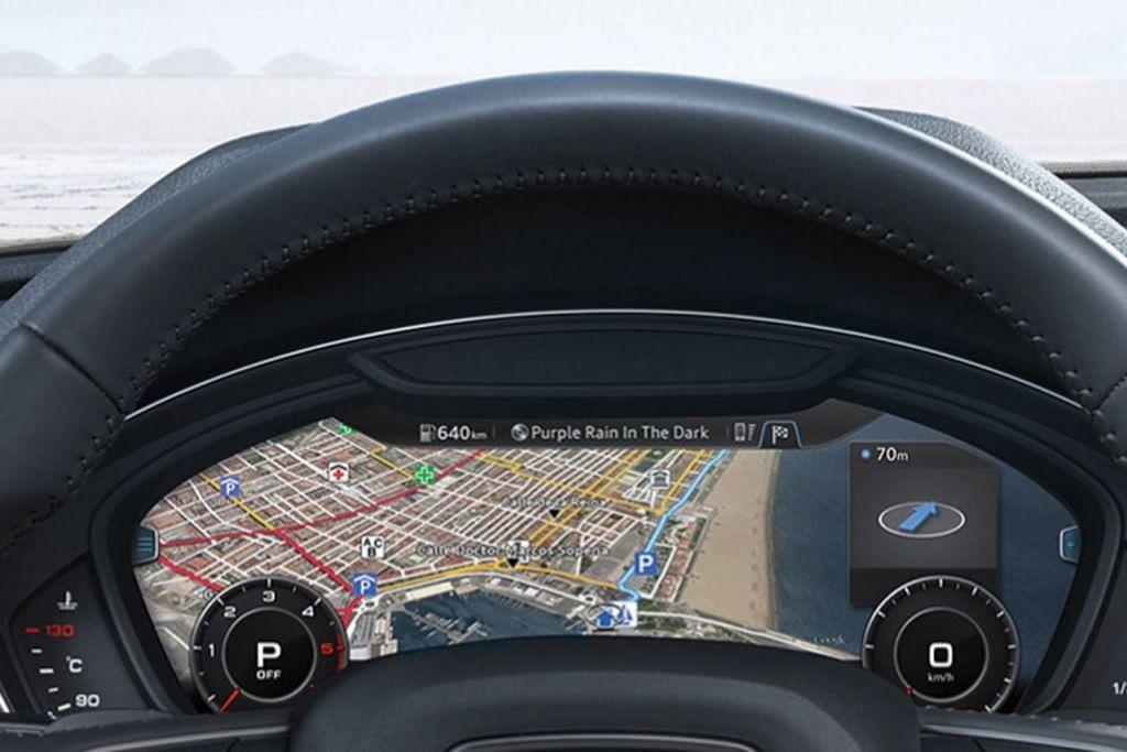 MAKLUMAT: Skrin digital di ruang pemandu Audi Q5 boleh disesuaikan mengikut keperluan pemandu misalnya memaparkan peta perjalanan bagi mempermudah pemandu tiba ke destinasi. - Foto AUDI