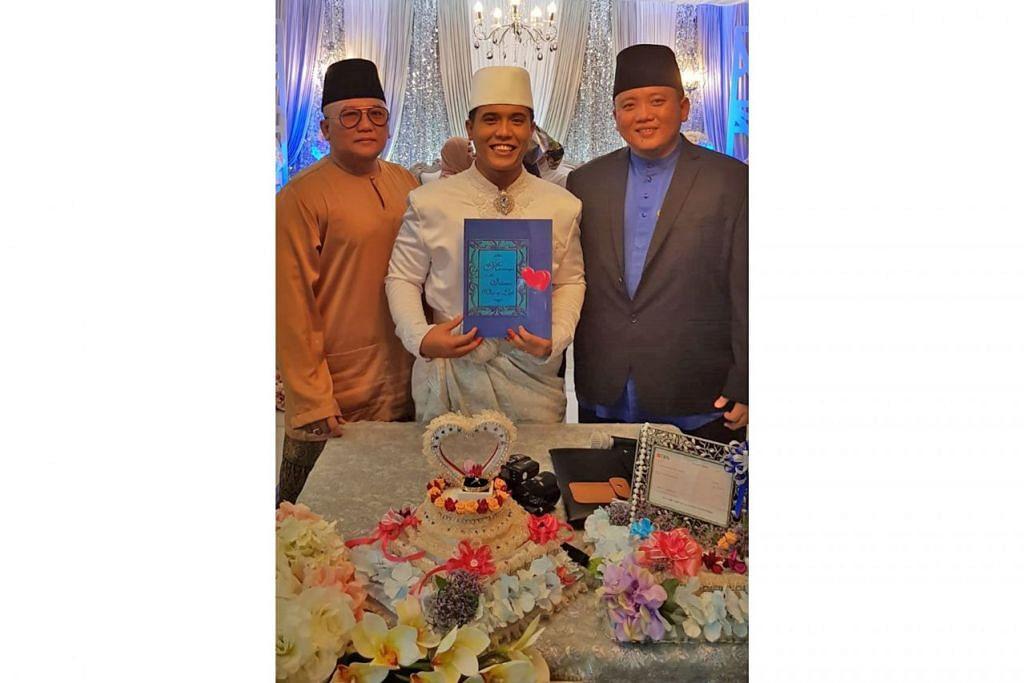 BUKU DOA SEBAGAI PANDUAN: Ustaz Harunarrashid Zainudin (kanan) merancang menerbitkan satu lagi buku doa serupa yang pertama diterbitkan, 30 Doa Power, yang membimbing pasangan, terutamanya golongan suami menjadi imam rumah tangga yang lebih baik. - Foto ihsan HARUNARRASHID ZAINUDIN