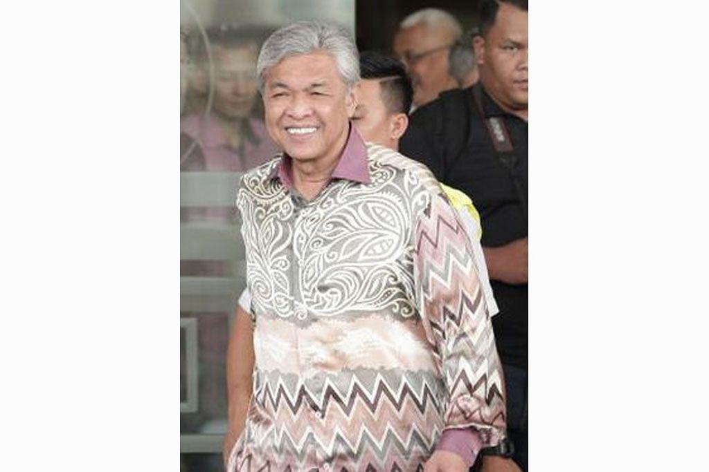 Isa Samad hadapi 10 tuduhan pecah amanah, rasuah libatkan RM3 juta
