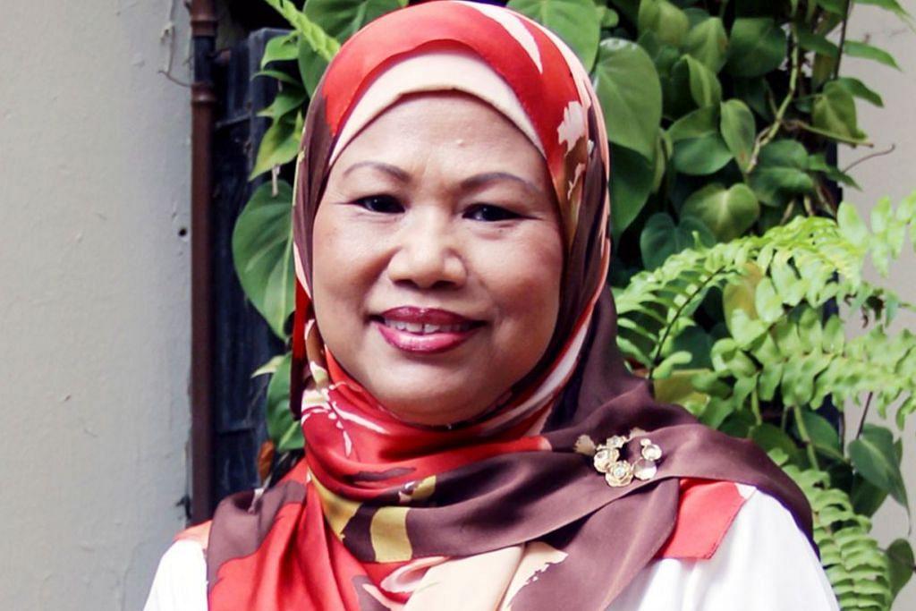 BAKAL BERSARA: Cik Moliah Hashim merupakan antara 18 pegawai pendidikan kanan yang akan bersara dan diberi penghargaan semalam. – Foto fail