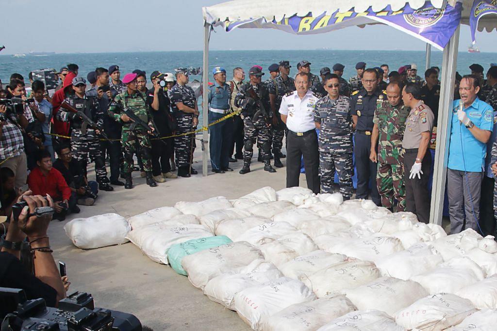 Kes rampasan dadah: Bot nelayan kibar bendera S'pura untuk tipu pihak berkuasa