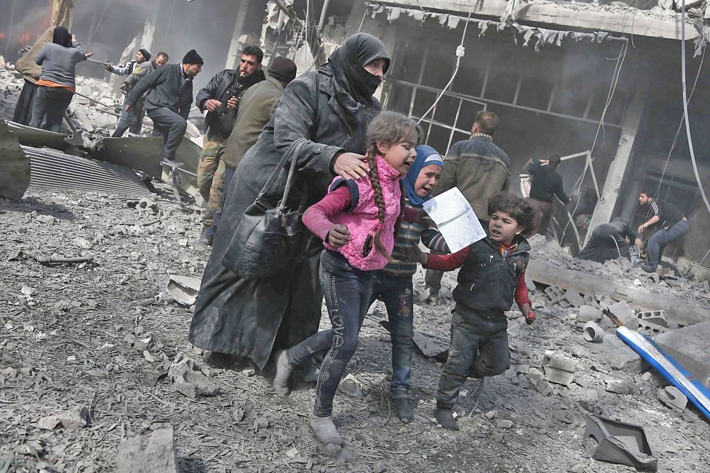 Sekitar 100 orang awam terkorban dalam pengeboman di Syria