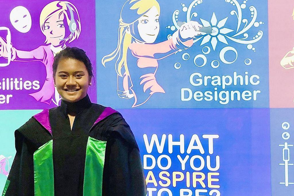Diberi penghormatan selaku 'valedictorian' kerana muncul pelajar terbaik kursus di RP