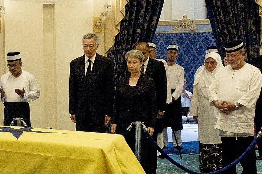 PM Lee beri penghormatan
