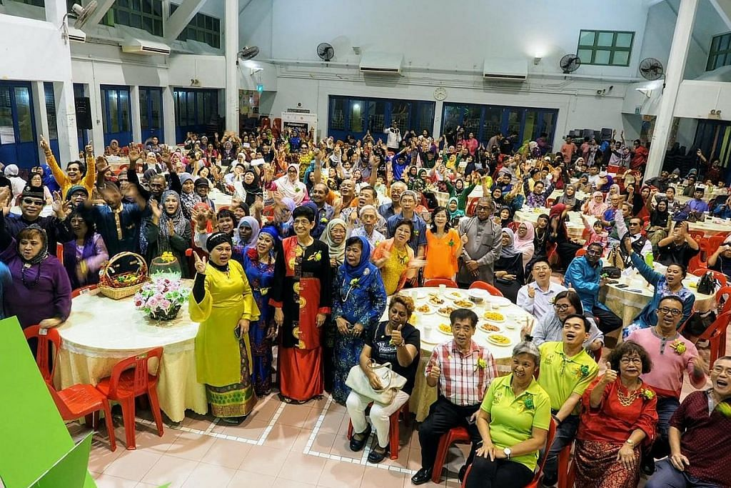 400 penduduk hadir acara Raya terakhir di CC Geylang Serai