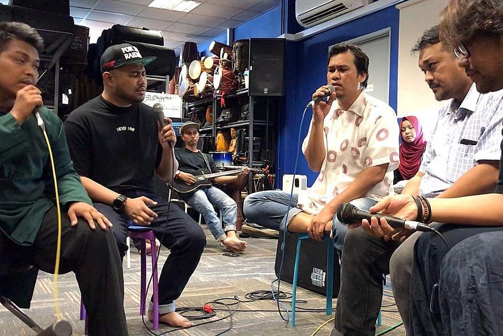 'Malam Sastera' tampil 2D, artis rap Daly Filsuf PESTA PENULIS SINGAPURA (SWF) 2018