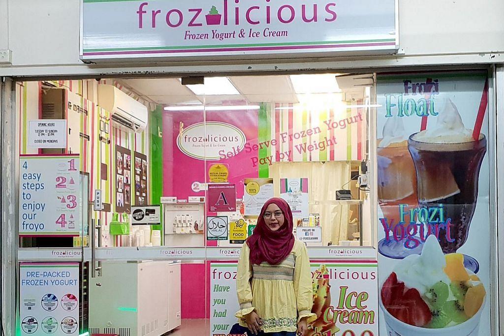 Tarikan kedai bawah blok pelbagai produk di Tampines
