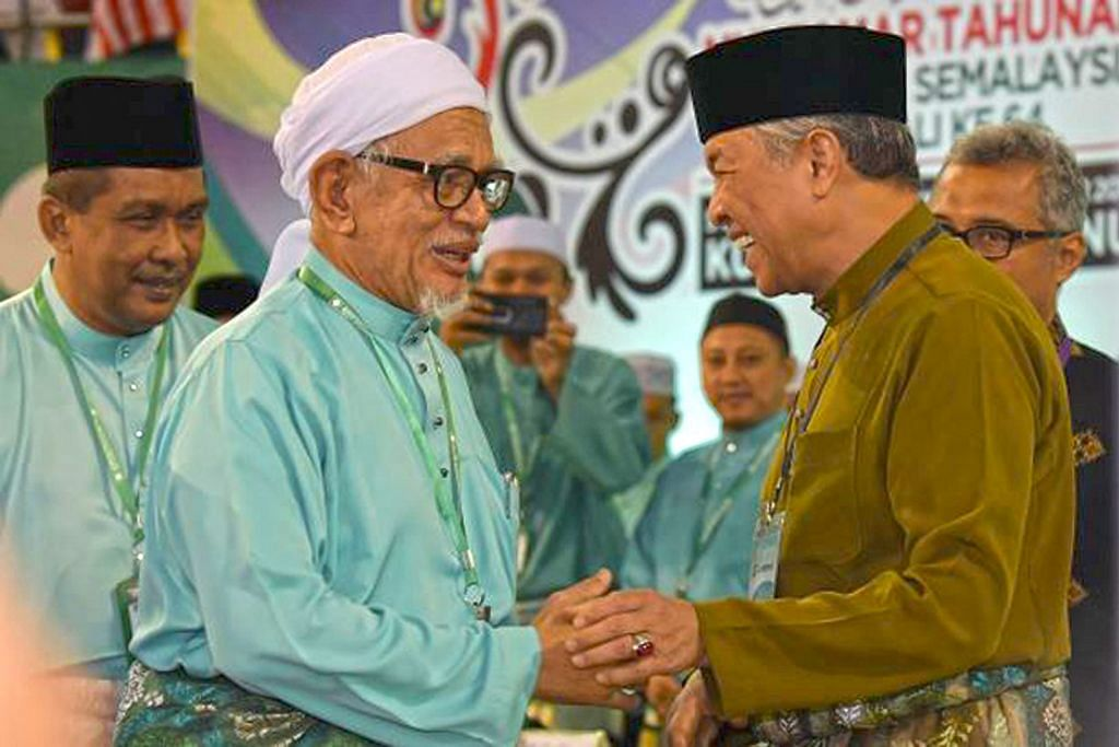 Tanda tanya Umno dan PAS kini 'kawan aje' atau akan bersatu