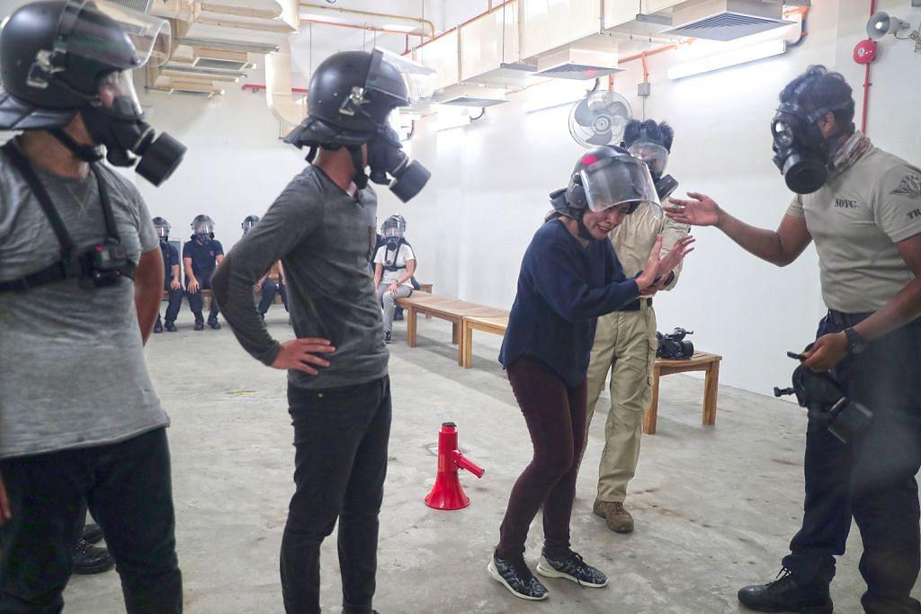 'Rasakan' gas pemedih mata, banteras 'perusuh' antara pengalaman tak akan dilupa
