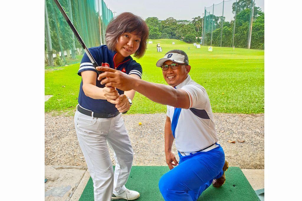 Menang pakej umrah, hadiahkan pada jurulatih golf