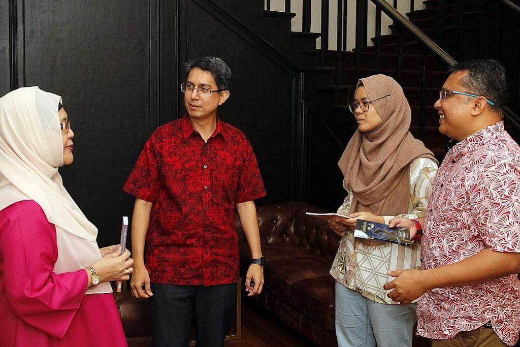 Lebih banyak buku Melayu papar kehidupan S'pura diterbitkan