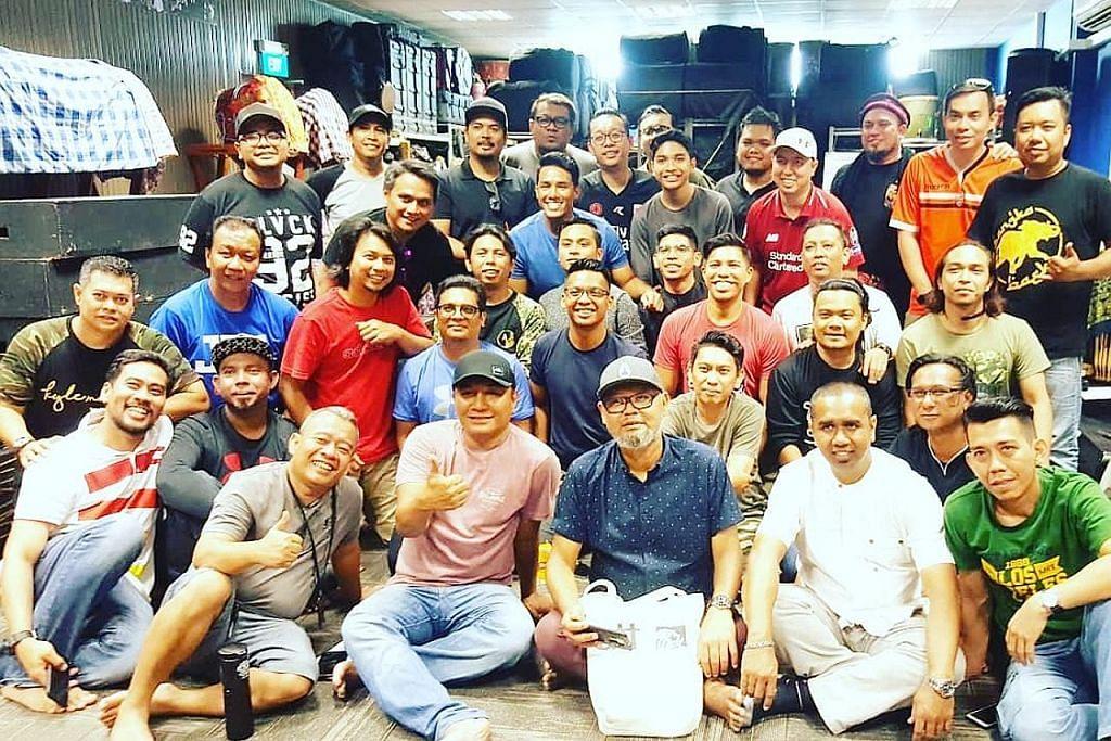 Membara semangat penggiat dikir barat siapkan acara 'Kekata Kelkatu' PESTA PENULIS SINGAPURA 2018