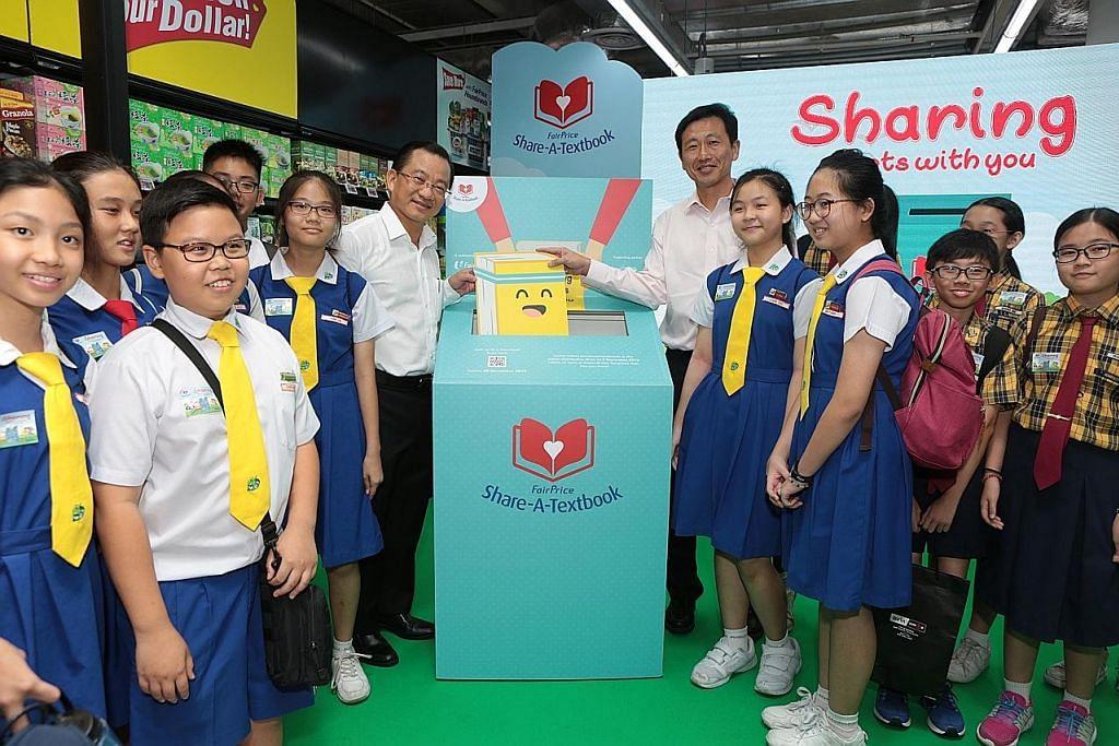 170 pasar raya NTUC FairPrice jadi pusat kumpul buku teks terpakai