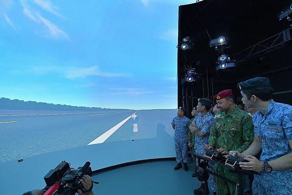 Putera Mahkota Brunei tinjau komand RSAF