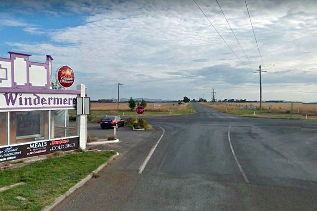 Dua pelajar S'pura kritikal susuli nahas di Australia; seorang dituduh cuai memandu