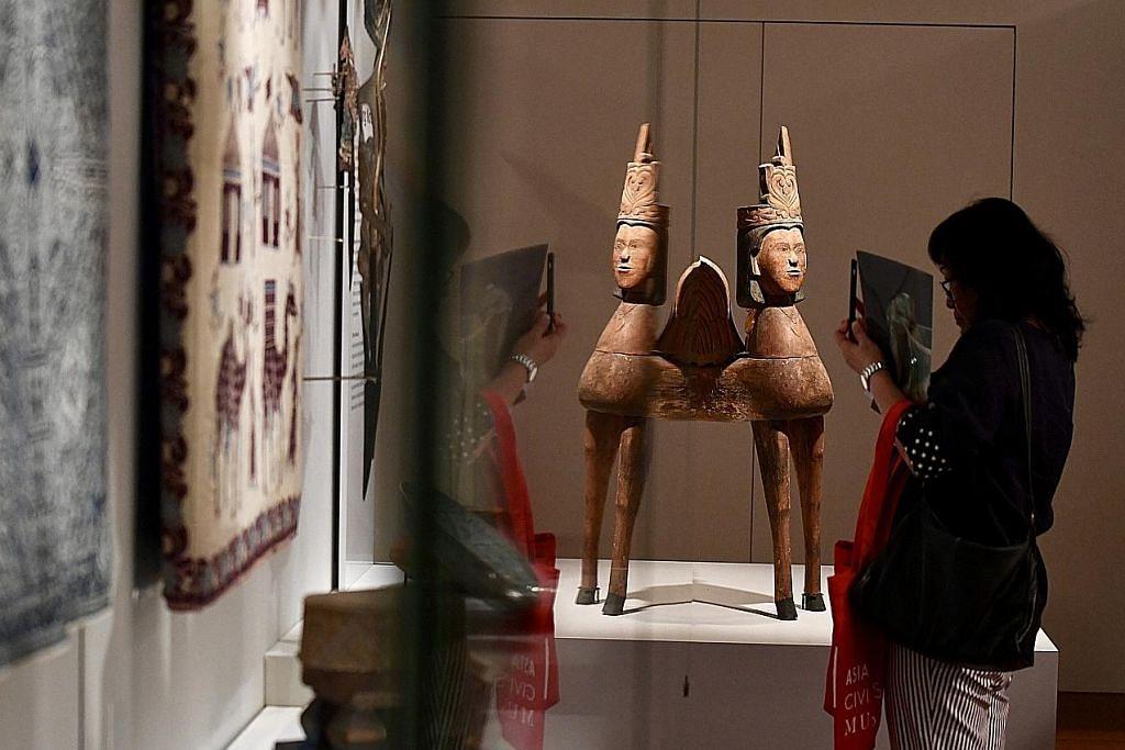 Tiga galeri baru papar seni Islam, Kristian, ritual lama