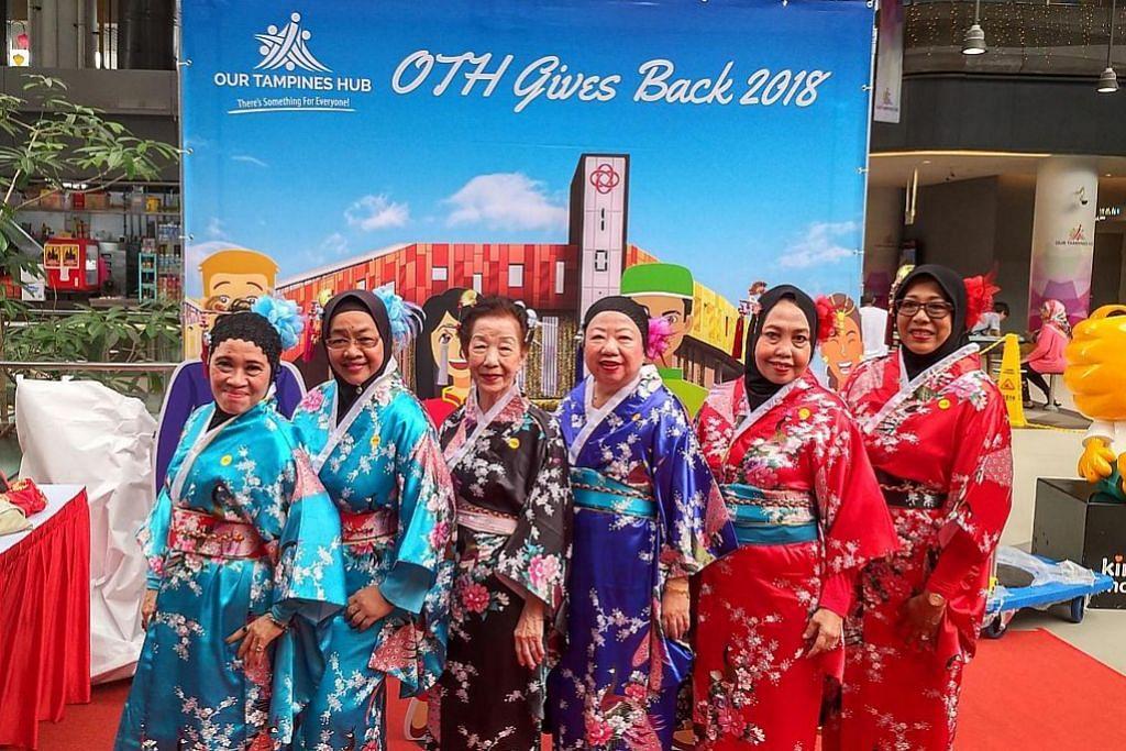 Our Tampines Hub rai musim perayaan hujung tahun bersama warga emas