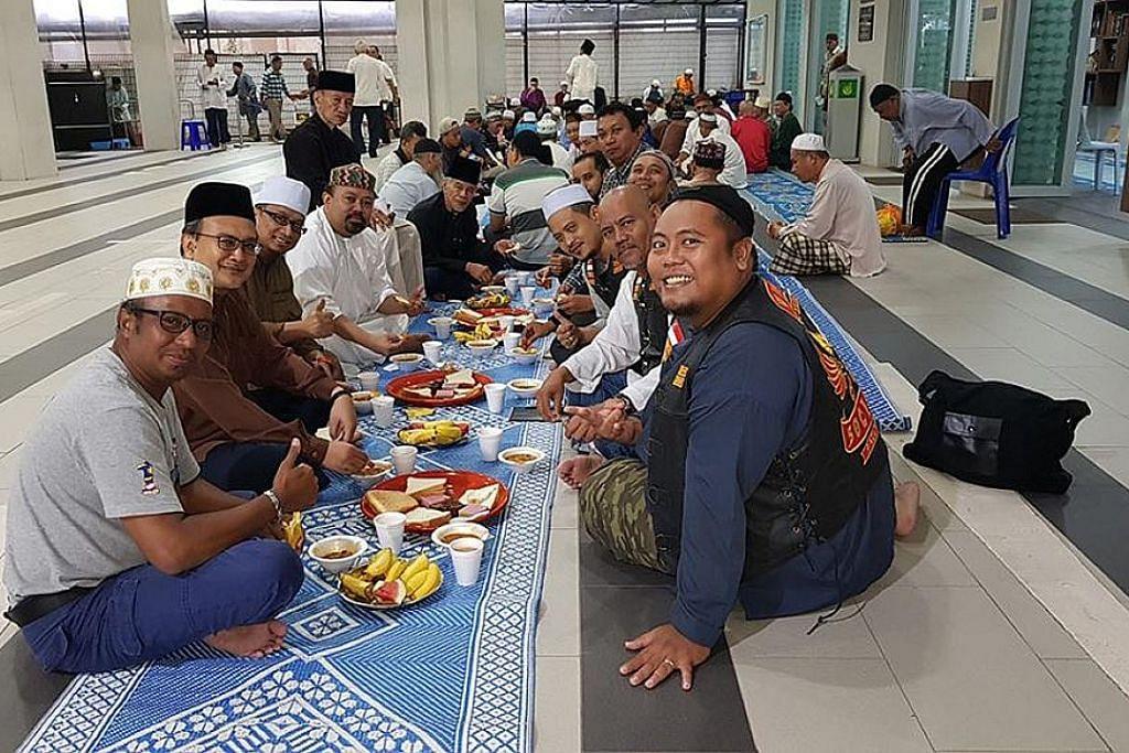 Program berjemaah subuh 30 hari di 30 masjid