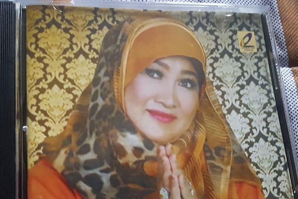 Penyanyi lama Sapiah Ahmad rakam album mini pertama
