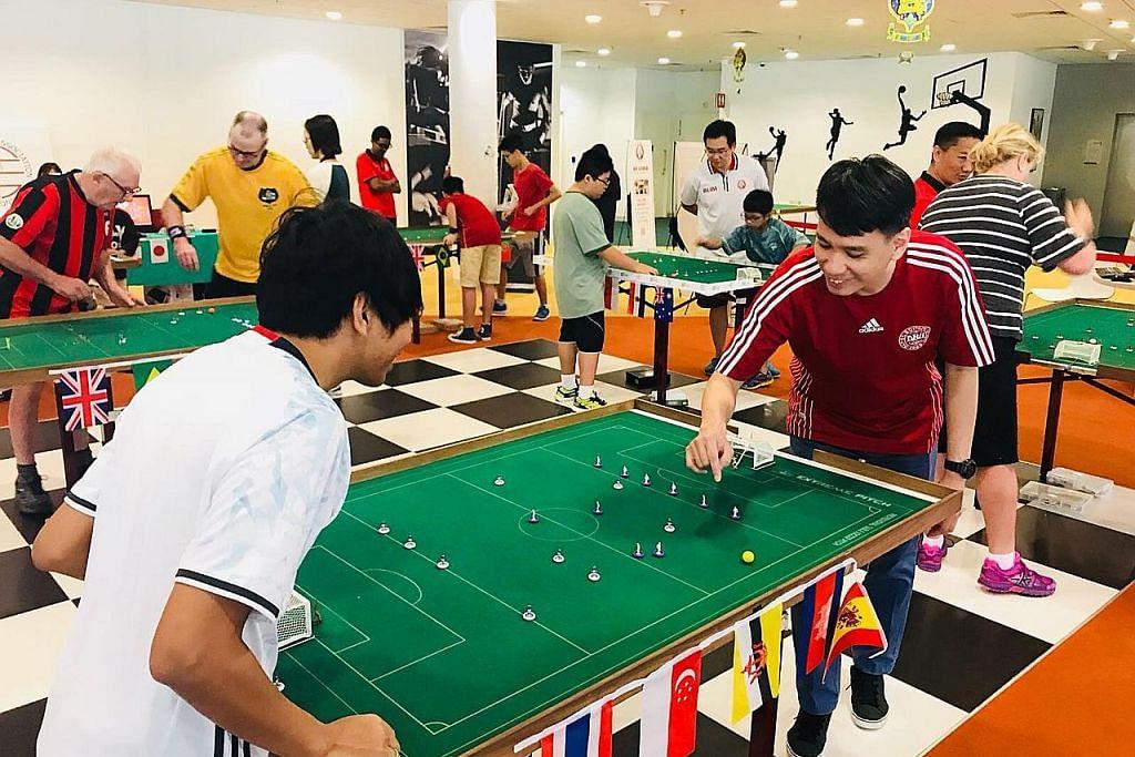 Sukan bola sepak meja kembali rancak di Singapura