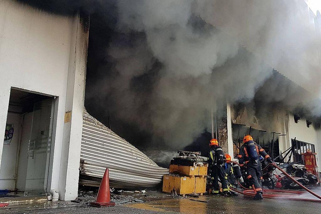 Kebakaran di firma Rentokil, seorang wanita dihantar ke hospital
