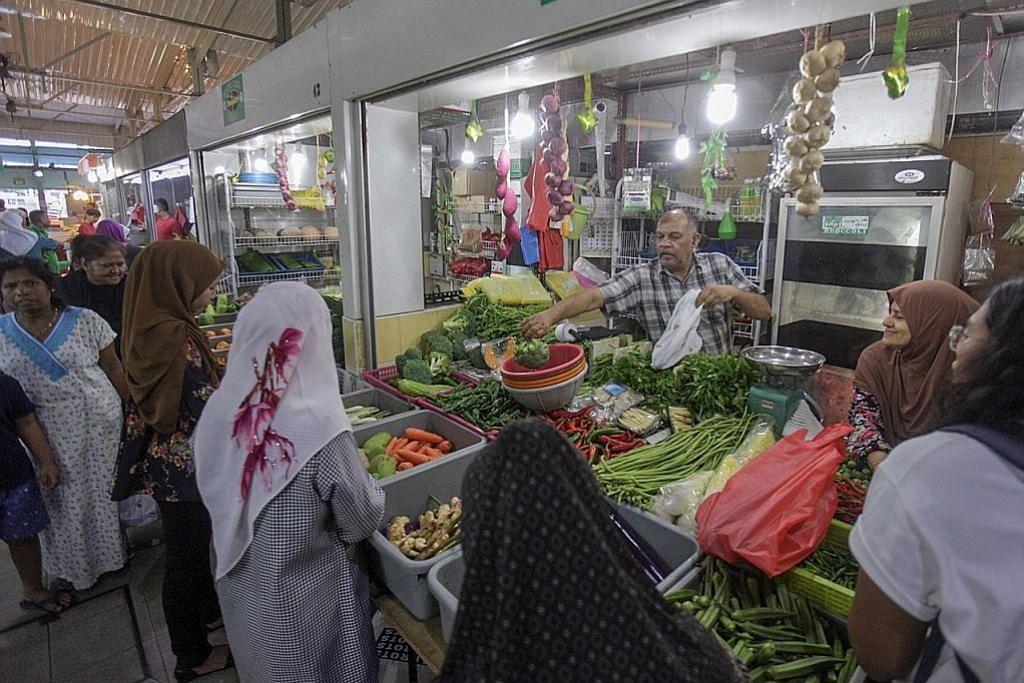 Pasar basah di estet matang masih jadi tumpuan ramai penduduk