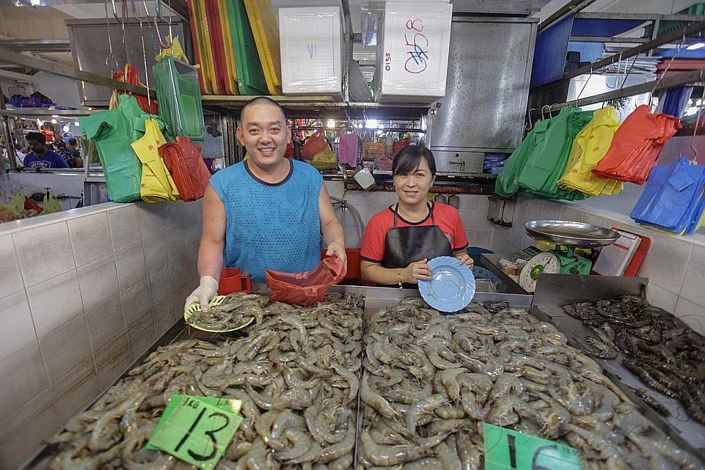 Harga ikan masih sama, kata beberapa peniaga pasar Geylang Serai