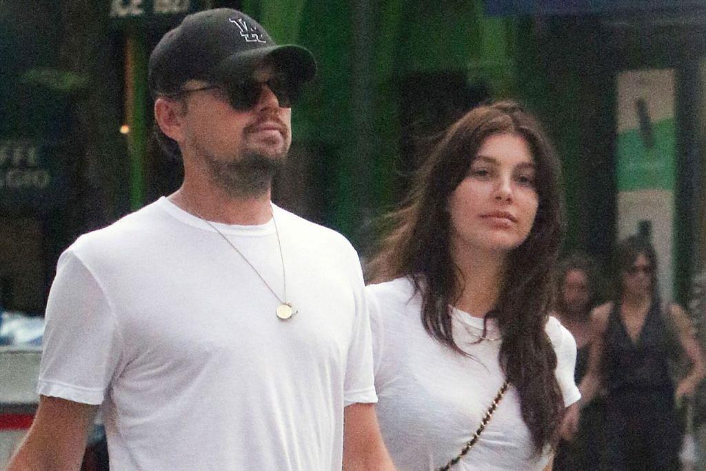 MAHU HUBUNGAN LEBIH SERIUS: Leonardo DiCaprio dan Camila berharap hubungan cinta mereka terus 'menjadi', apatah lagi dengan usia DiCaprio yang jauh lebih dewasa daripada Camila yang baru berusia 21 tahun. - Foto US WEEKLY