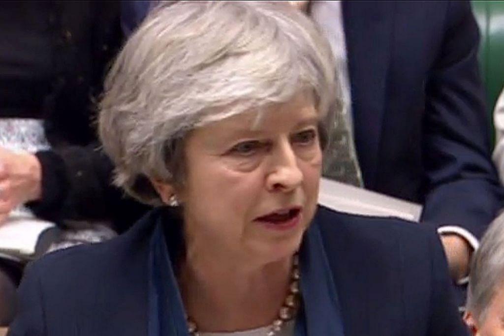 MASA DEPAN BRITAIN JADI TANDA-TANYA: Cik Theresa May berucap di Dewan Rakyat sebelum undian Anggota Parlimen berkaitan perjanjian Brexit yang dicapainya bersama Kesatuan Eropah (EU). - Foto AFP