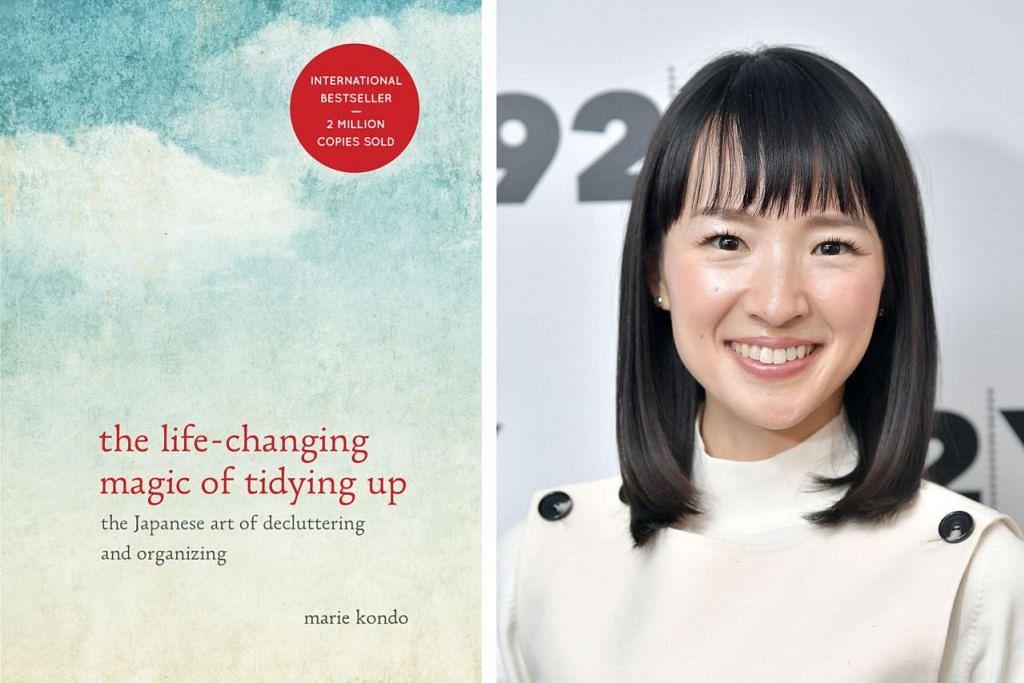BUKU UBAH DUNIA: Buku panduan mengemas rumah tulisan Marie Kondo (gambar kanan) yang menjadi ikutan dunia.  – Foto-foto TEN SPEED PR, AFP