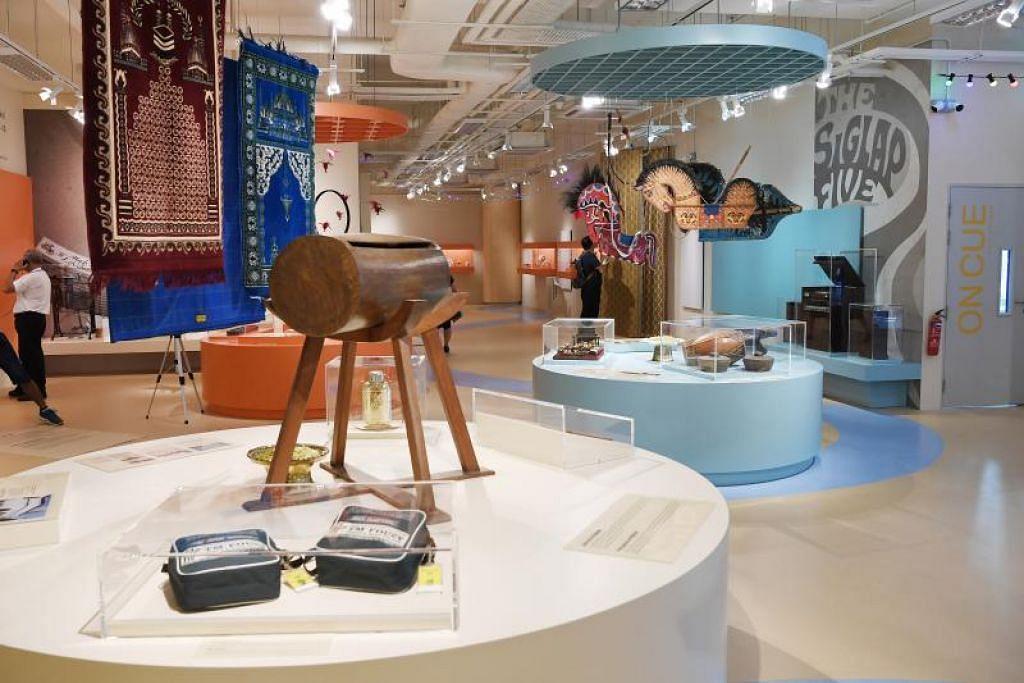 Galeri Warisan Geylang Serai di tingkat satu WGS dibuka secara rasmi hari ini.