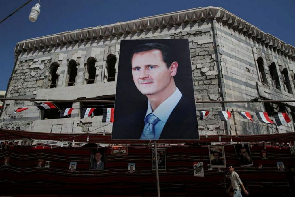 KEKAL BERKUASA: Pertempuran hampir lapan tahun gagal menjatuhkan President Bashar al-Assad, sementara usaha diplomatik juga gagal mencapai huraian damai. Dengan sokongan daripada Russia dan Iran, pemerintah Syria sekarang menguasai semula sebahagian besar negara itu. - Foto REUTERS