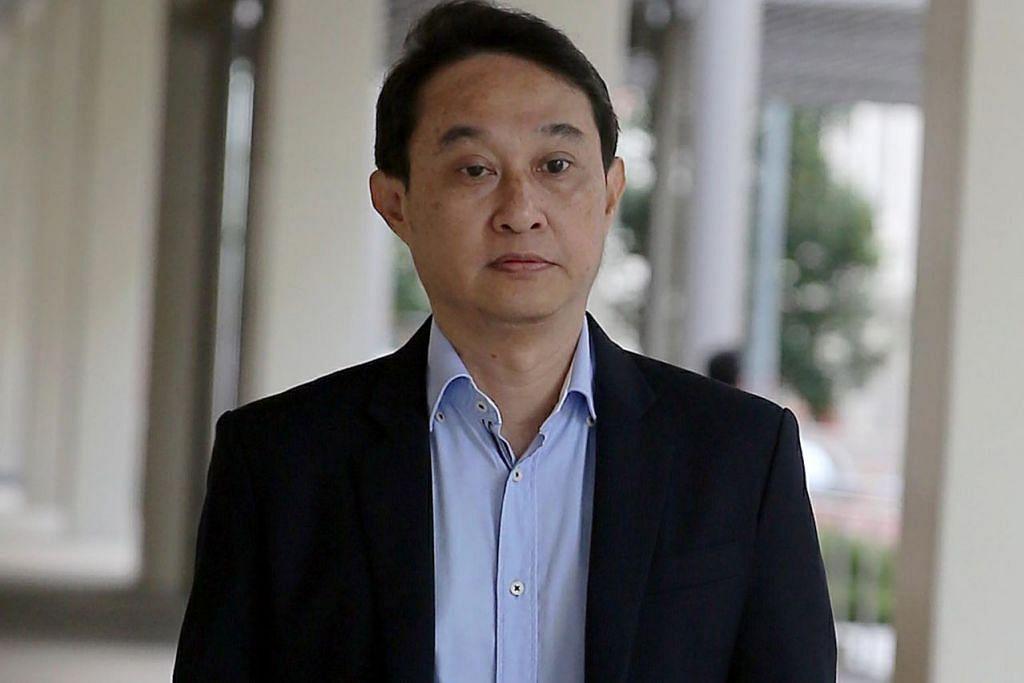 CUBA LARIKAN DIRI: Chew Eng Han akan menjalani hukuman penjara 13 bulan kerana cuba tinggalkan Singapura dengan cara tidak sah, selepas selesai menjalani hukuman penjara tiga tahun empat bulan kerana salah guna dana gereja. - Foto fail