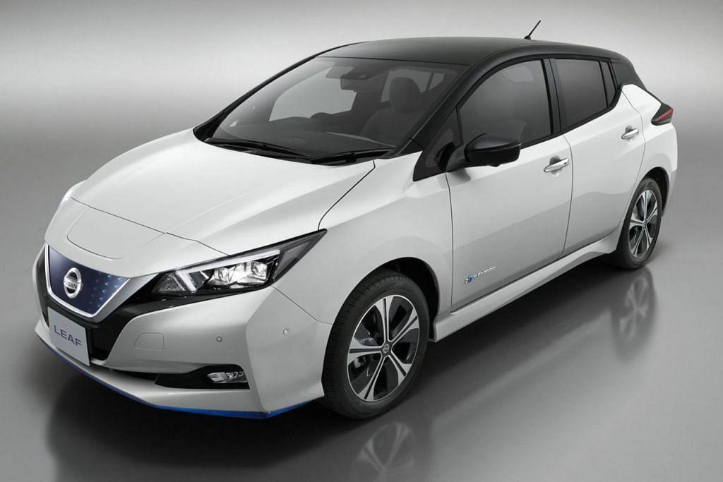 Akan datang - NISSAN LEAF: Nissan mempamerkan kereta elektrik Leaf di acara Singapore Motorshow baru-baru ini dan akan melancarkannya di sini tidak lama lagi. Model Leaf yang baru dilaporkan boleh menghasilkan 38 peratus lebih tenaga berbanding model sebelumnya. - Foto NISSAN