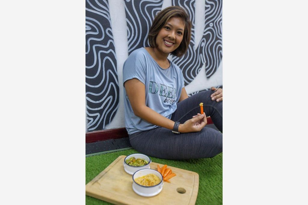 GAYA HIDUP SIHAT: Cik Nurul Salimee yakin seseorang boleh mengikuti gaya hidup sihat dengan tekad dan usaha gigih. - Foto BH oleh IQBAL FAIZAL